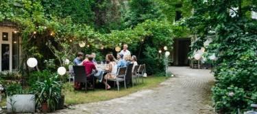 Familienfeier im Garten